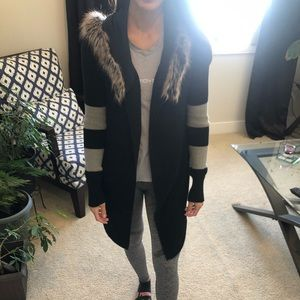 Ladies Long Sleeve Fox Sweater